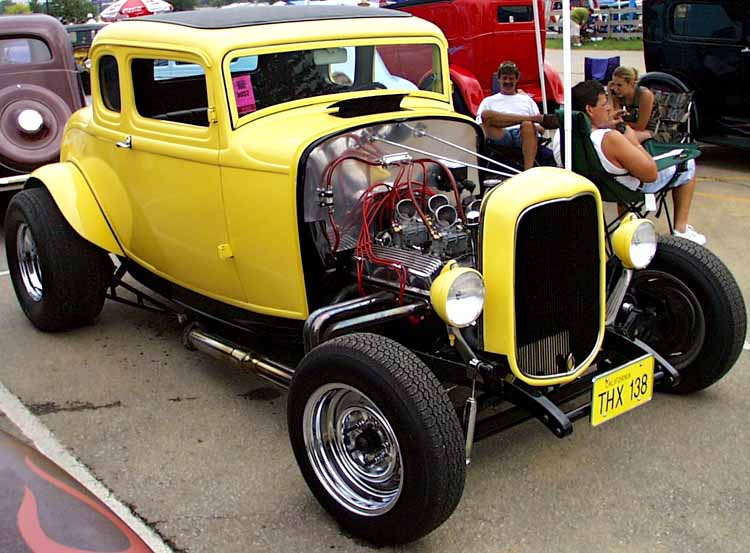 32-Ford-Hiboy-5W-Coupe-Chopped
